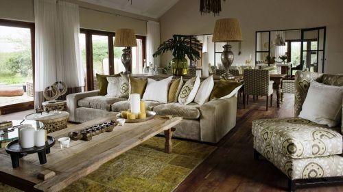 Siringit Villa - Living Room