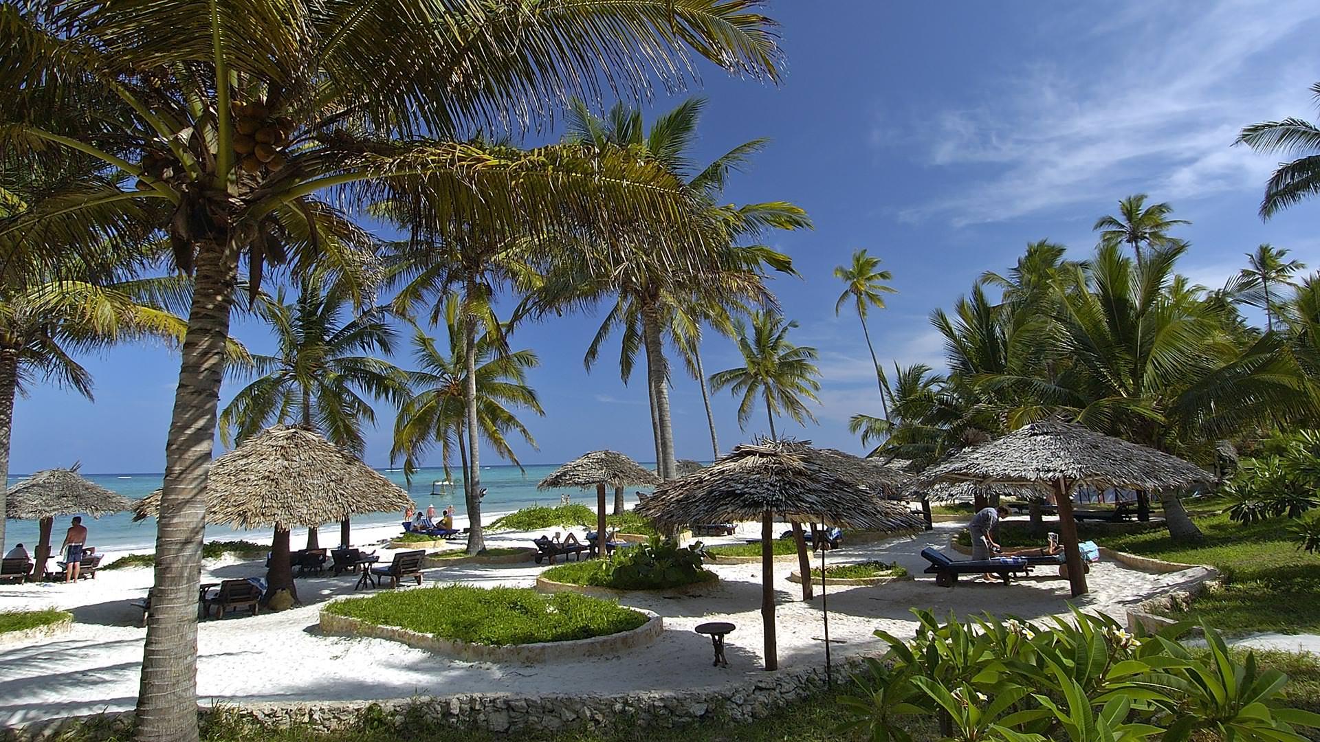 The Beach - Breezes Beach Club and Spa