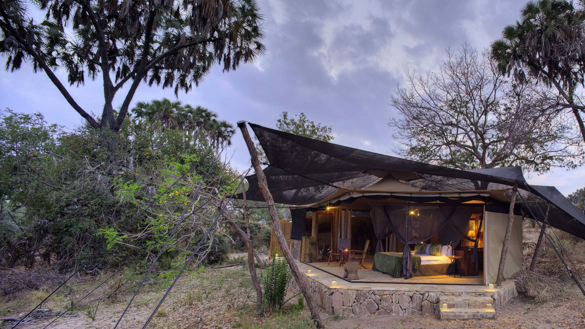 Roho ya Selous - Exterior view of double room